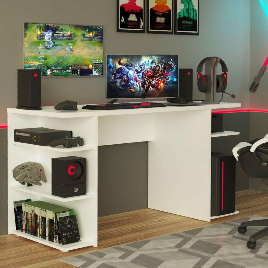 Mesa Gamer da Madesa com prateleiras para armazenamento como exemplo de um móvel multifuncional